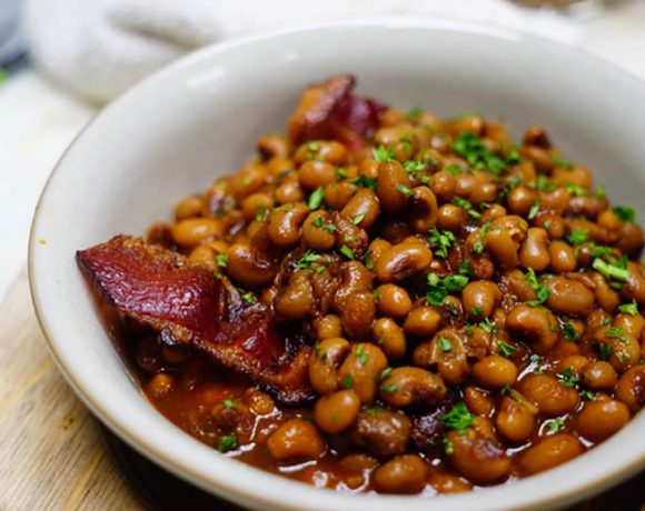 Magnolias Barbecued Black-Eyed Peas by Chef Kelly Franz